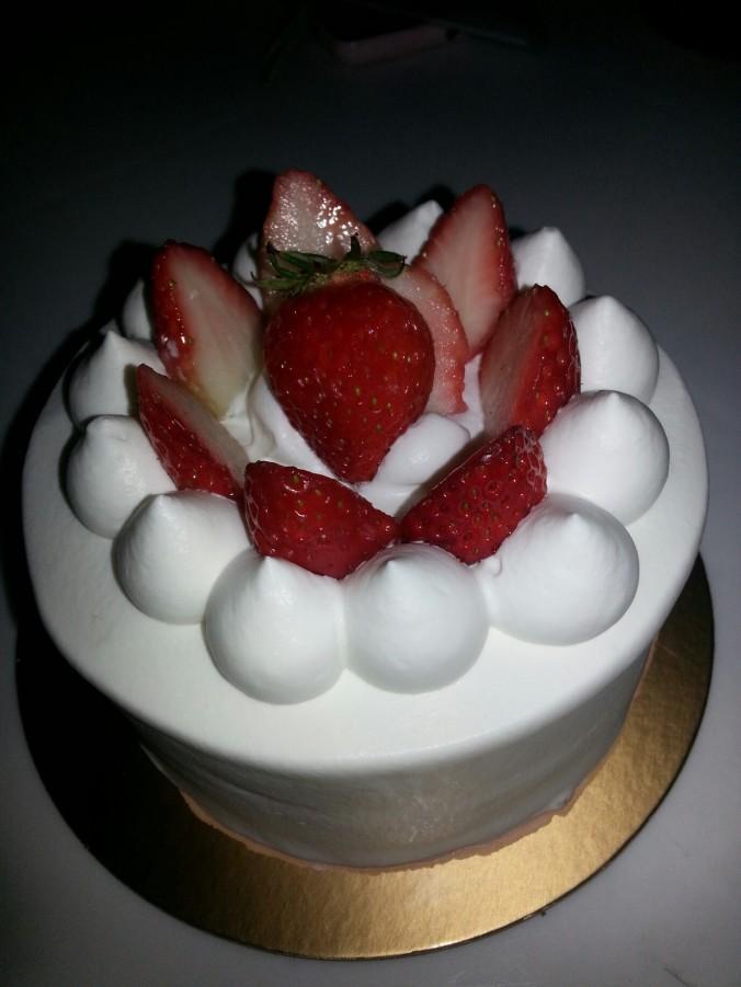 생일 케이크 (saengil keikeu - birthday cake)